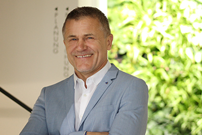 Ing. Johann Zauner Creativ-Manager Planung, Verkauf, Seminare, Vorträge, Kundenbetreuung, Lehrlingsausbildung