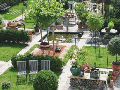 Garten, Gartengestaltung, Planung, Steinarbeiten, Erdbau, Schwimmteichbau, Dachbegrünung, Pflanzung, Pflege und Holzarbeiten