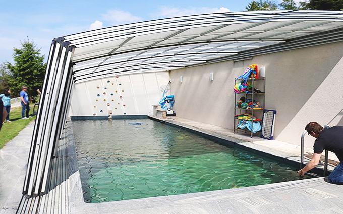 Indoor Pool, Naturpool